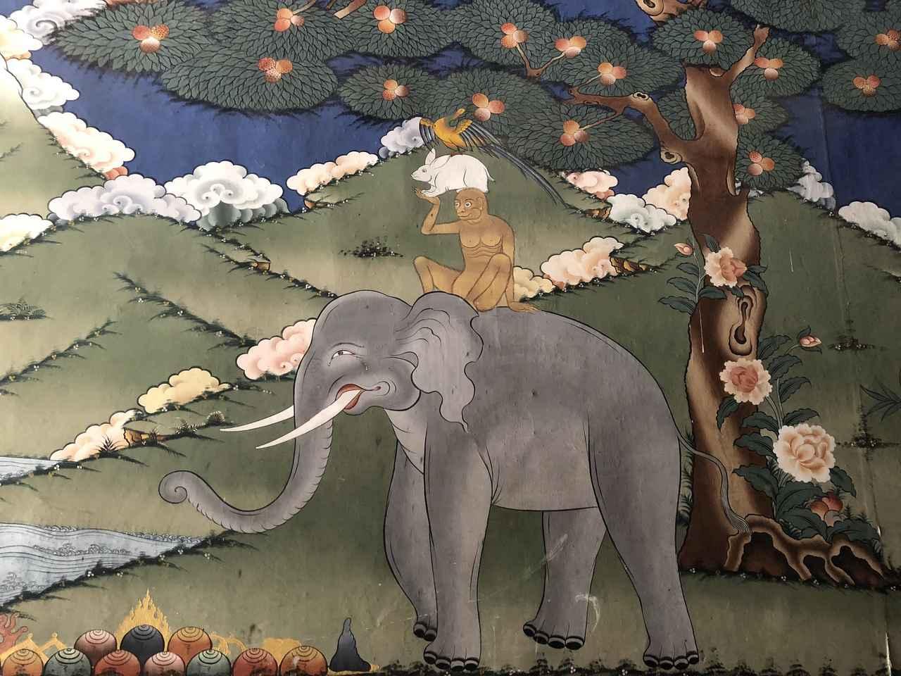 画像: パロ ブータンでよく見る伝統的な絵(2018年9月・弊社添乗員撮影)