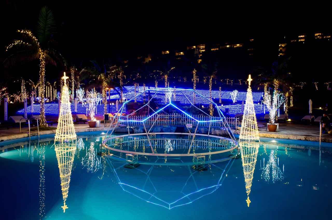 画像1: 【国内旅行・沖縄】カヌチャベイホテル&ヴィラズで南国のクリスマス体験♪冬の沖縄もおすすめです