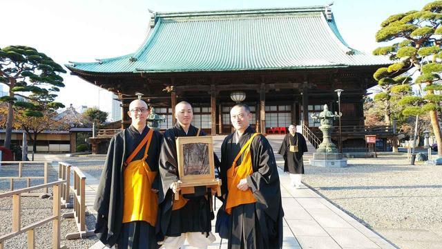 画像: 開創1200年記念に落慶された弘法大師尊像と四国寺院のみなさま