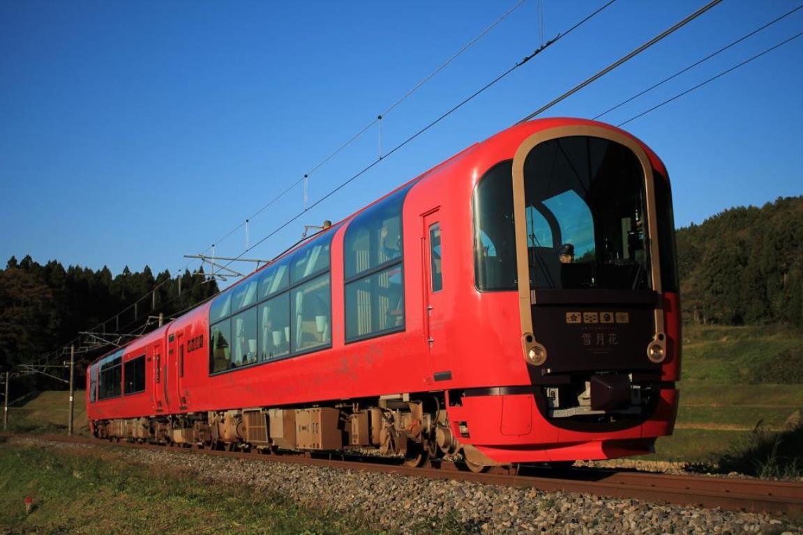 画像: 大きな窓が特徴的な、えちごトキめきリゾート「雪月花」! www.echigo-tokimeki.co.jp