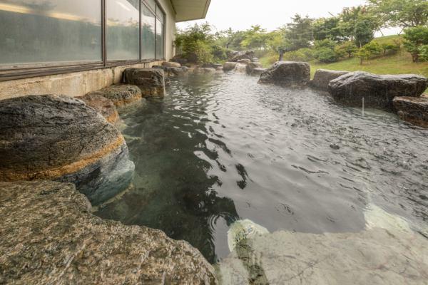 画像: 糸魚川温泉『ホテル国富アネックス』にもご宿泊 夕食は旬のぶりしゃぶ会席御膳をお楽しみ! 寒い冬はあたたかい観光列車と温泉とお鍋であたたまりましょう itoigawa-onsen.com