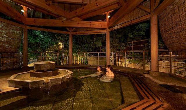画像: 【1泊目】岩手 つなぎ温泉・ホテル紫苑 露天風呂(一例)