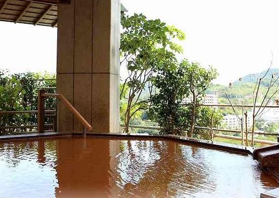 画像: 4日目宿泊「有馬グランドホテル」露店風呂イメージ
