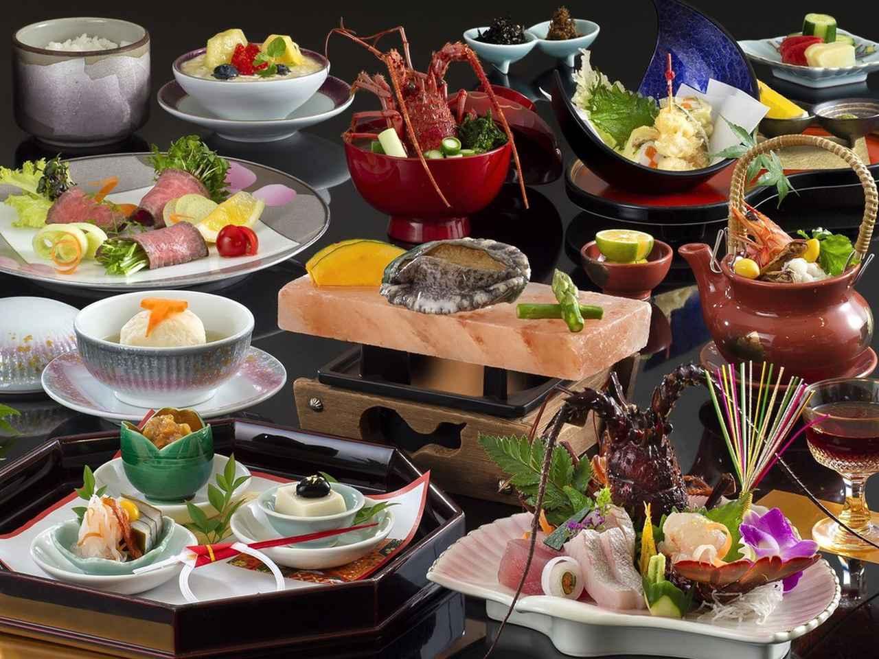画像: 5日目宿泊「賢島宝生苑」の伊勢海老・鮑の夕食イメージ