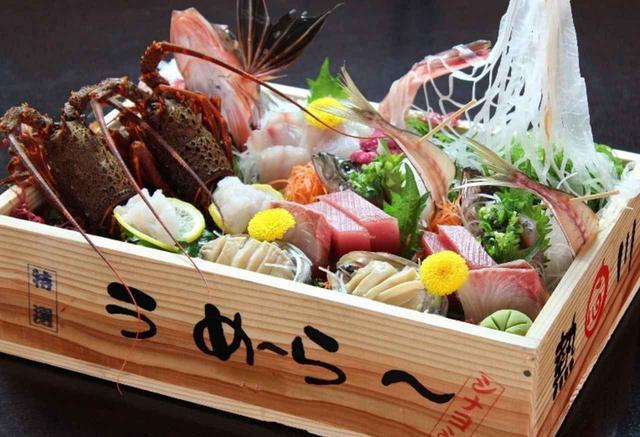 画像: 『熱川温泉 志なよし』お部屋食「トロ箱盛り会席」(イメージ)