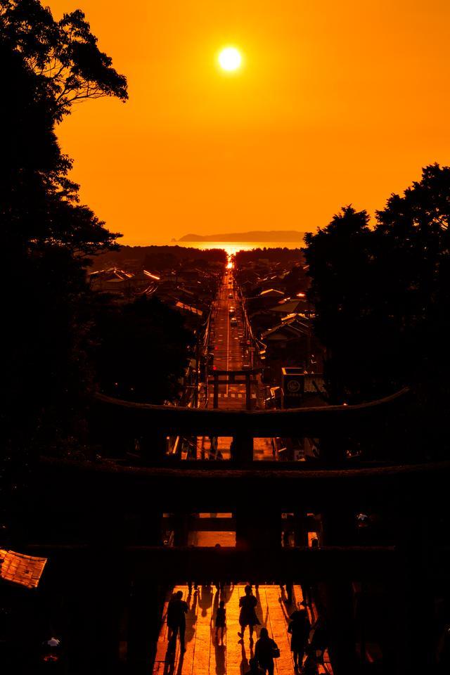 画像: 光の道(イメージ)