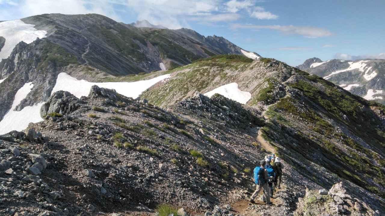 画像: 立山三山への稜線を歩く(イメージ)