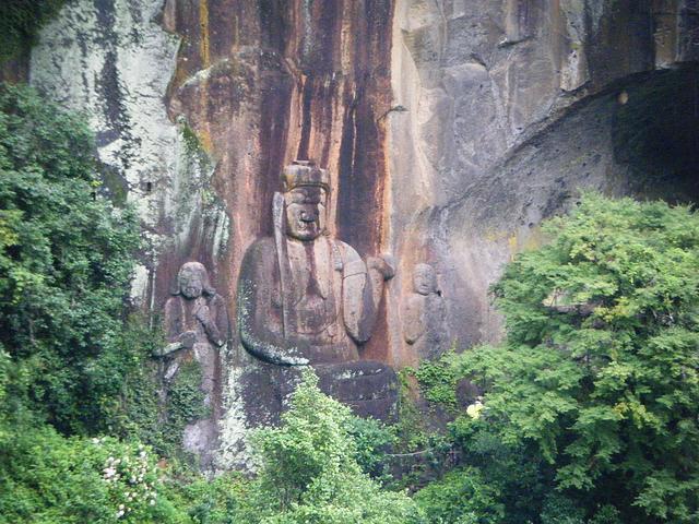 画像: 普光寺の磨崖仏・不動明王像(イメージ/九州旅ネット提供)