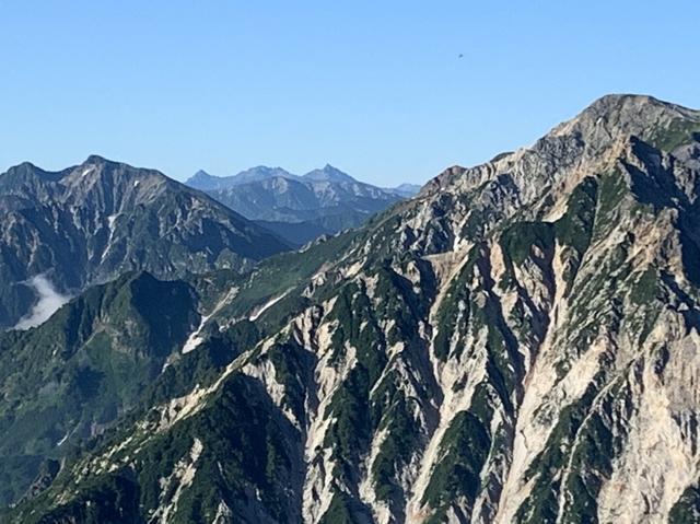 画像: 白馬岳の奥にもたくさんの山が見えます(イメージ)