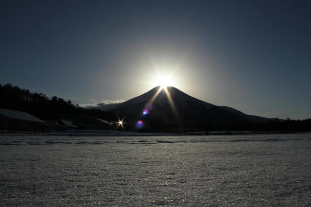 画像: 花の都公園からのダイヤモンド富士(イメージ)