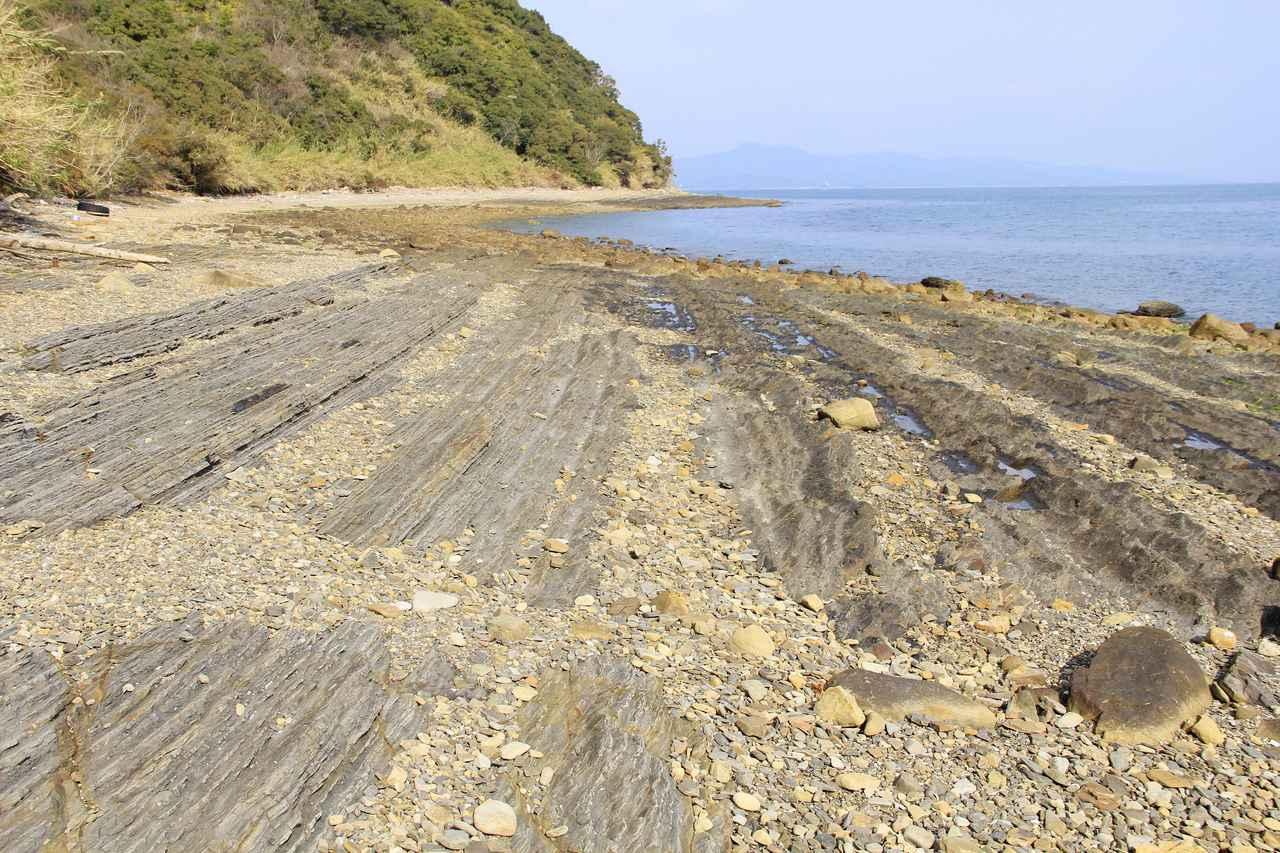画像: 外浦自然海岸(九州観光推進機構提供)