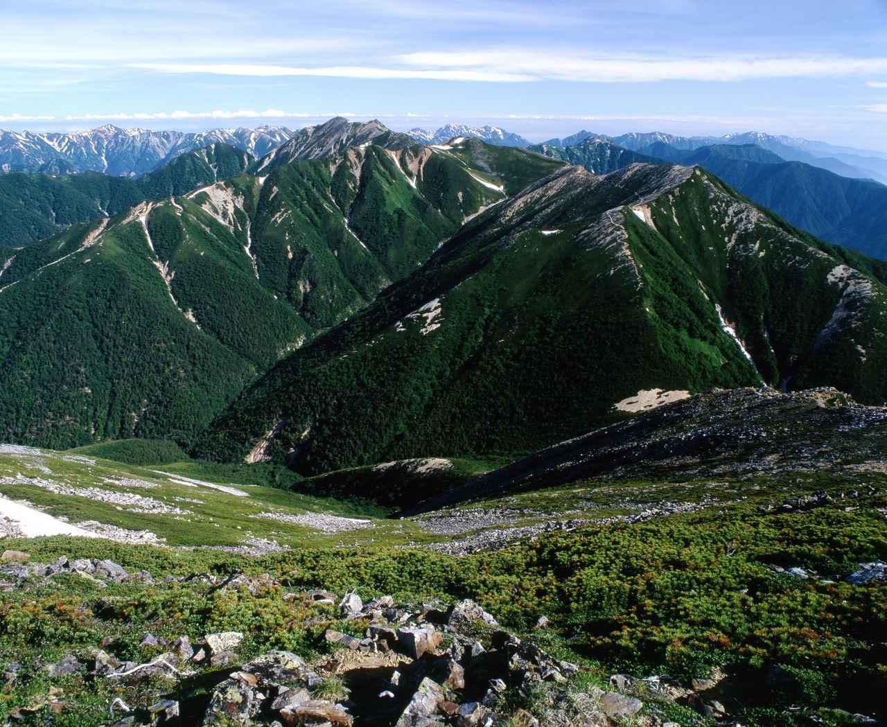 画像: 大天井岳と東大天井岳を望む(イメージ)