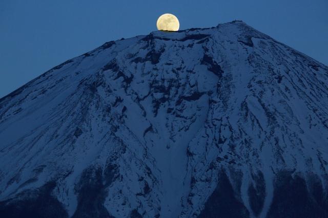 画像: ■出発日 12/21(金) 日帰り 『初冬の富士山麓めぐり 朝霧高原から望むパール富士』【新宿出発】 |クラブツーリズム