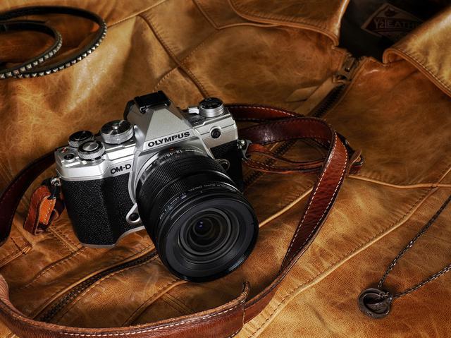 画像1: OM-D E-M5 Mark Ⅲ
