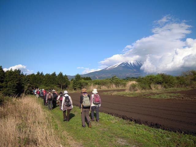 画像3: 富士山を感じながらのウォーキング♪
