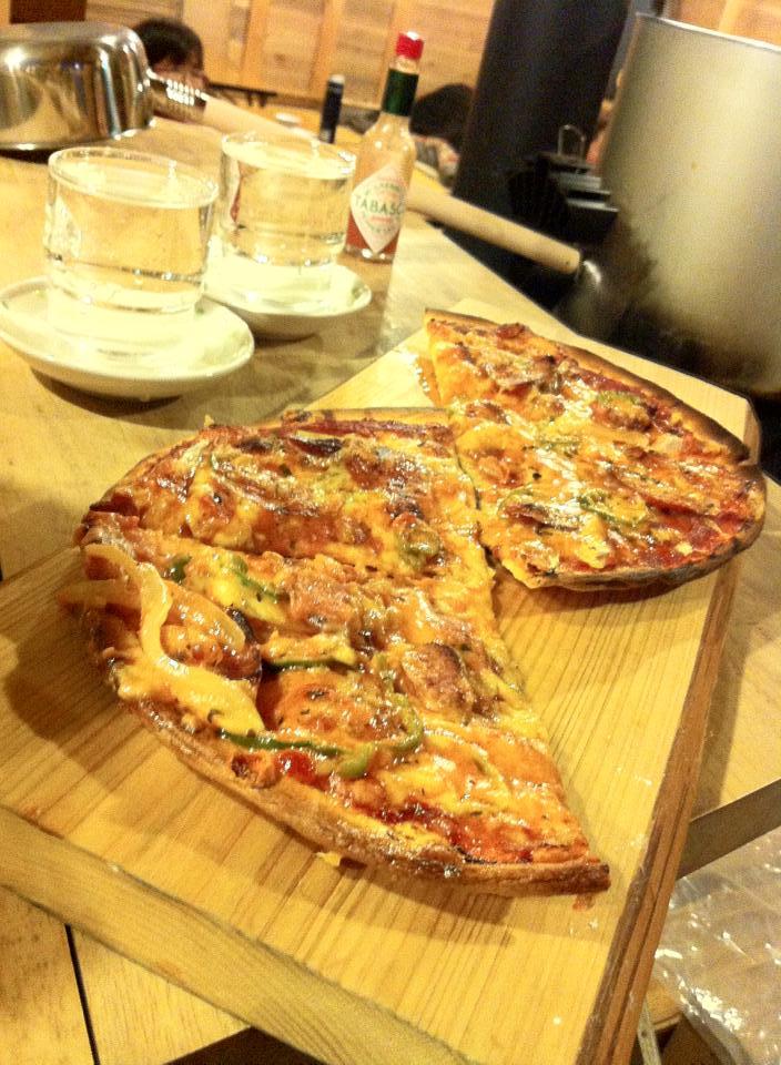 画像: 五の池小屋のピザ(イメージ)