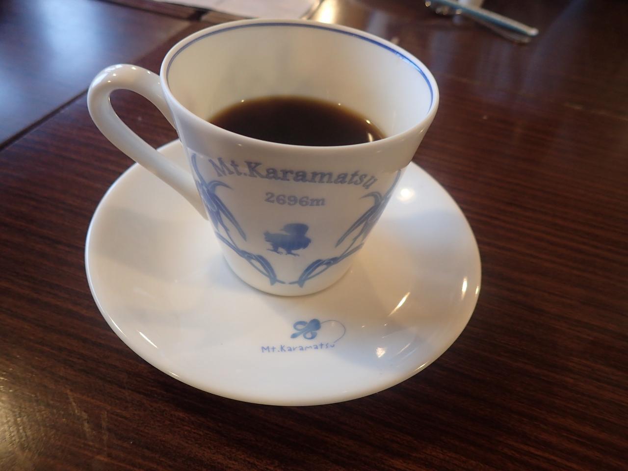 画像: 北アルプス・唐松岳頂上山荘のコーヒー(オリジナルのカップで)