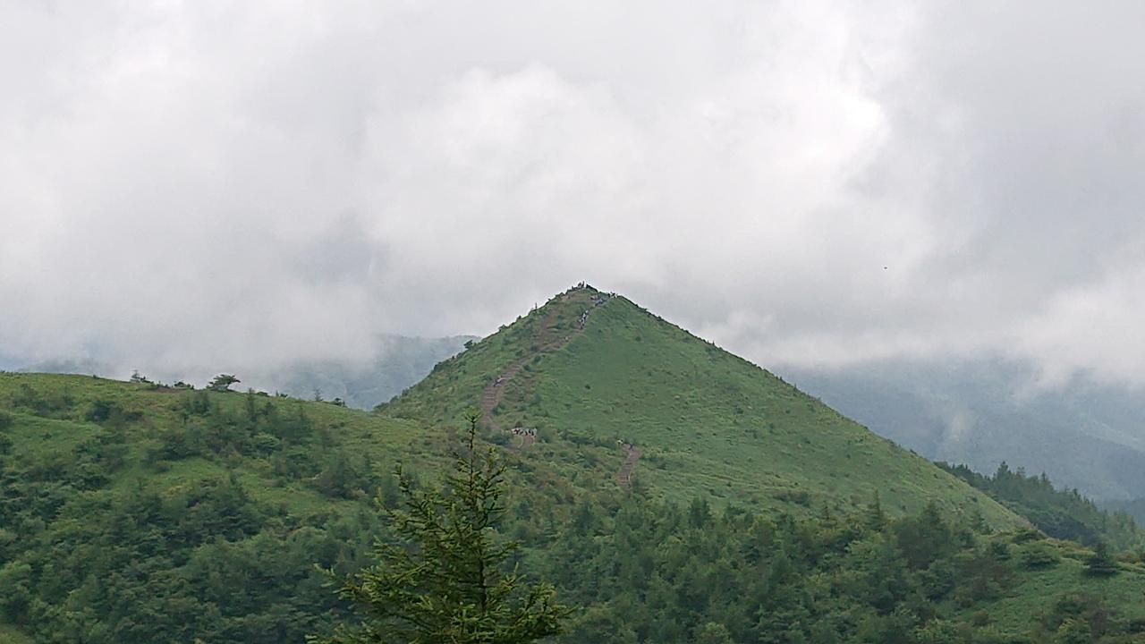 画像: 飯盛山