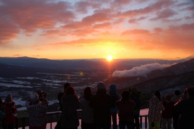 画像: 今年の年末年始におすすめ! 白銀世界をあるくスノーシューツアー・4コース tour.club-t.com