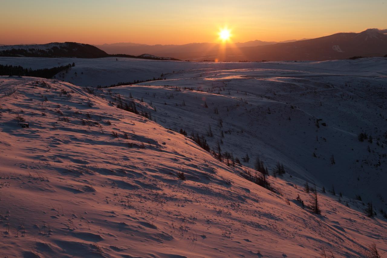 画像: 美ヶ原からの御来光(天候によって見られない場合もあります)