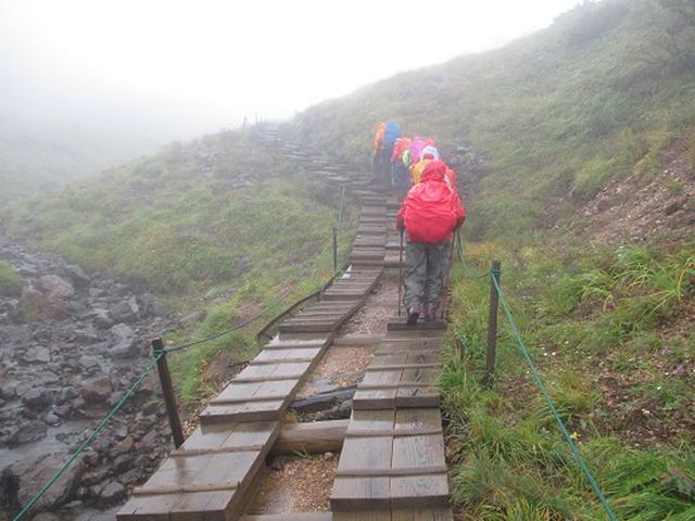 画像3: 【山旅会・登山ガイドこだわりツアー】岡田ガイドからの便り・唐松岳ツアーの2回目にいってまいりました!(その1)