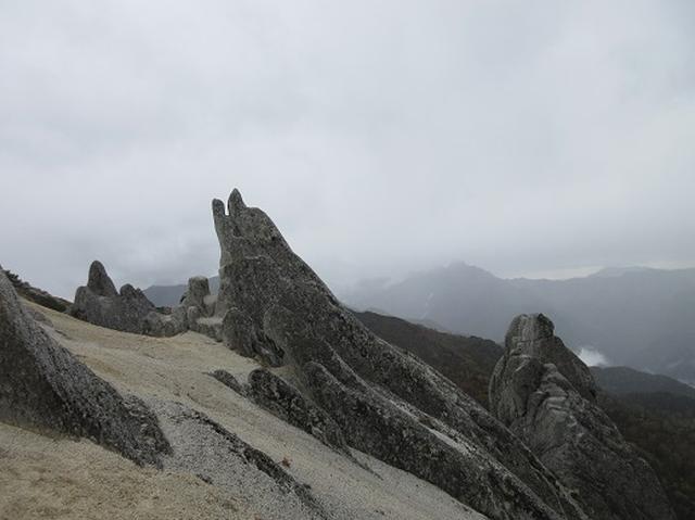 画像3: 【山旅会・登山ガイドこだわりツアー】岡田ガイドからの便り・30日からの燕岳ツアーは台風のため中止とさせていただきました
