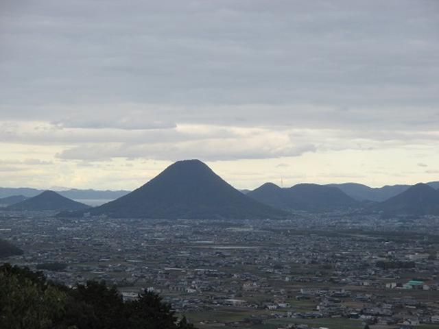 画像5: 【山旅会・登山ガイドこだわりツアー】岡田ガイドからの便り・飯野山と小豆島ツアーのご案内