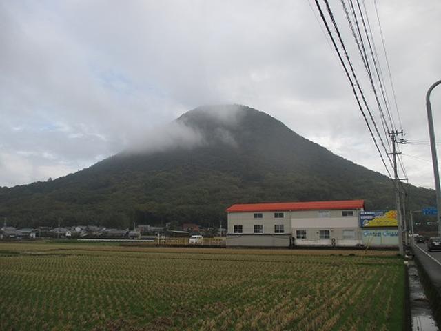 画像1: 【山旅会・登山ガイドこだわりツアー】岡田ガイドからの便り・飯野山と小豆島ツアーのご案内
