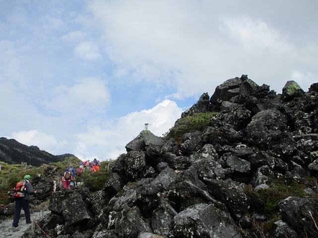 画像12: 【山旅会・登山ガイドこだわりツアー】添乗員からの便り・麦草峠から五辻、坪庭ツアーにいってまいりました!