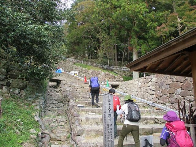 画像6: 【山旅会・登山ガイドこだわりツアー】岡田ガイドからの便り・安土城と繖(きぬがさ)山ツアーにいってまいりました!