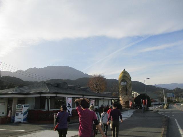 画像13: 12月7日の岡田ガイドのコースで 「思親山」 に行って来ました!