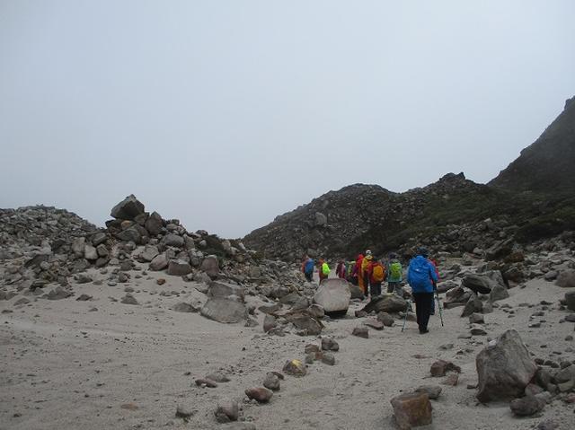 画像3: 12月11日より 山旅会 「神津島」 ツアーに いってまいりました!