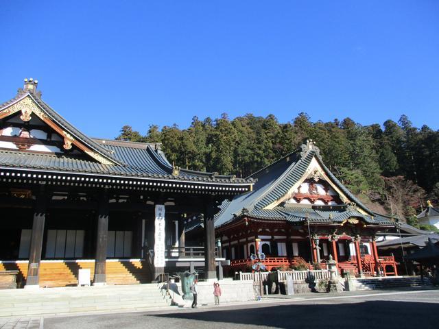 画像2: 先日12月17日に岡田ガイドのコースで山旅会 「身延山」 ツアーにいってまいりました!