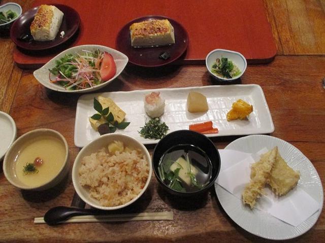 画像10: 先日12月21日に岡田ガイドのコースで 「高尾山」 へ行ってきました!