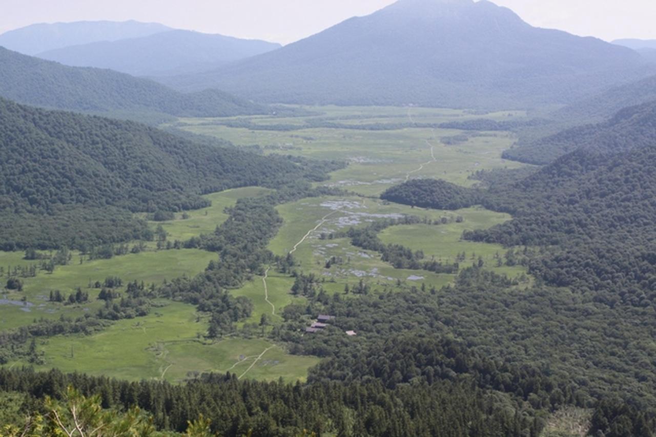 画像: 至仏山山頂から見下ろす尾瀬ヶ原(イメージ)
