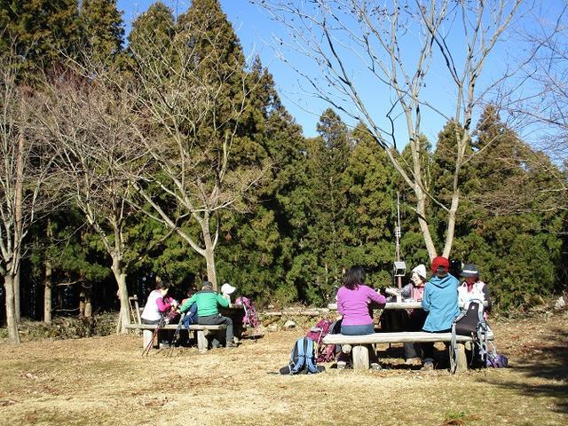 画像4: 11日に岡田ガイドのコースで、 丹沢南山 へいってきました♪