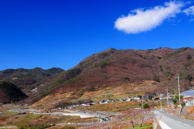 画像: <First Alps Academy Lesson2>『登山初級B(!) 簡単な岩場歩きと長いハシゴ登り 兜山から要害山』|クラブツーリズム