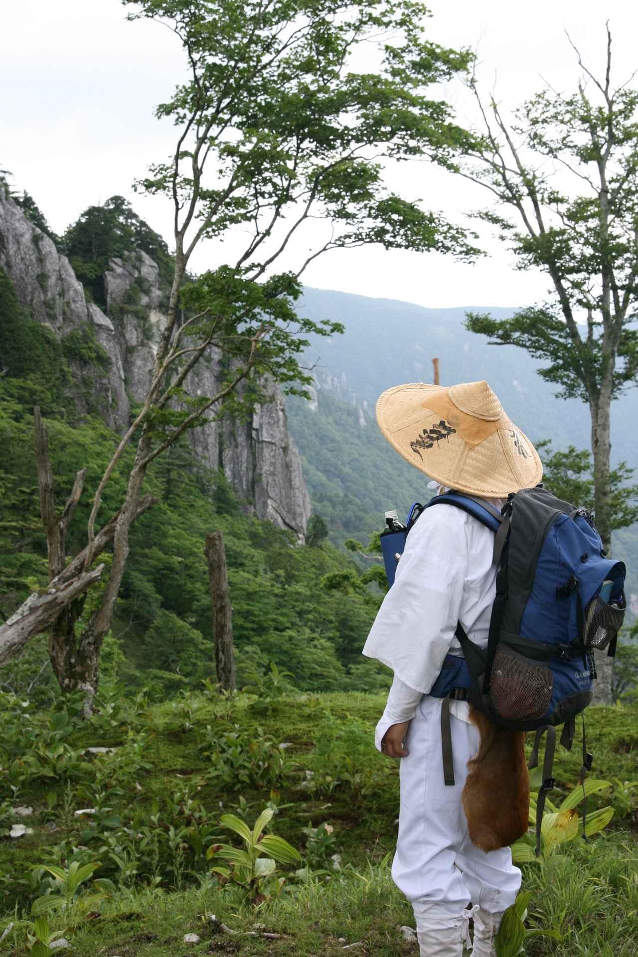 画像: 山岳信仰・修験道としての登山(イメージ)