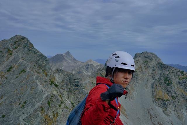 画像: みなさんこんにちは!登山の旅を担当している山本佳徳です。 登山はもちろんですが、昔から歴史が好きで、特に各地の有力者達がそれぞれの理想を掲げて相争った戦乱の時代・戦国時代が大好きです。 好きな武将は甲斐の虎・武田信玄の軍師・山本勘助です! そんな登山と歴史が好きな担当より「山の歴史」をめぐる登山ツアー『あるいて学ぶ!山物語』のご紹介です。