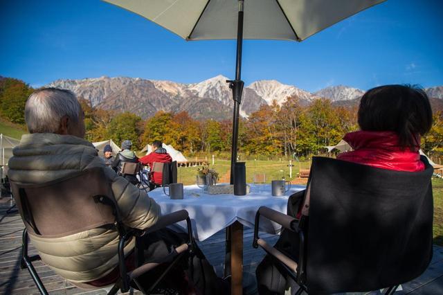 画像: 朝は白馬連峰の山並みを眺めながら、ゆったりとした時間をお過ごし下さい(イメージ)