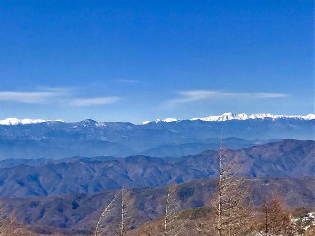 画像: 乗鞍岳(左)と槍・穂高連峰(右)