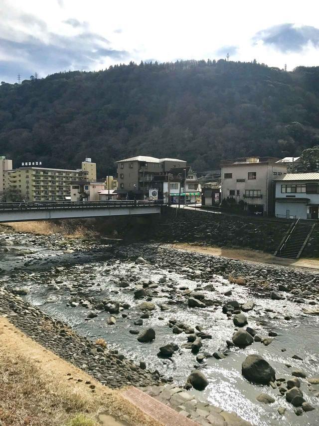 画像1: ロマンスカーの終点「箱根湯本駅」からスタート