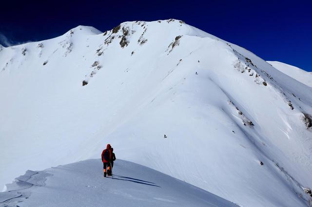 画像: 南アルプス・仙丈ヶ岳の大仙丈カール