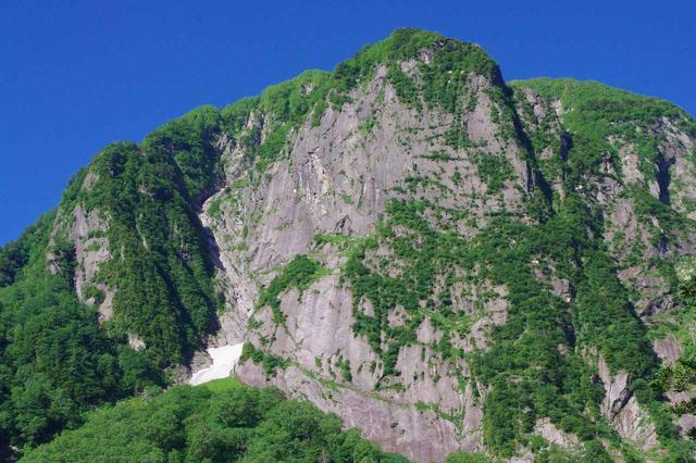 画像: 屏風岩の全景