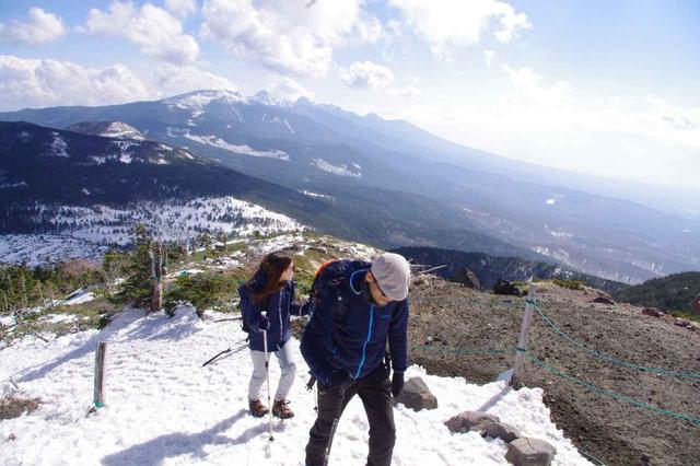 画像: 現地のガイドさんと歩くことで分かる山や地域の魅力