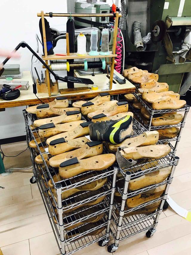 画像1: 石井スポーツ本社(市ヶ谷)にある靴工場を見学させていただきました!
