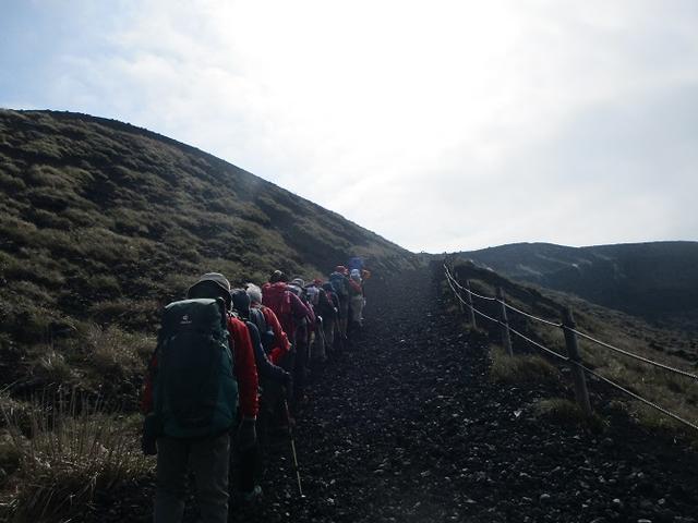 画像4: 【山旅会・登山ガイドこだわりツアー】岡田ガイドからの便り・伊豆大島・三原山ツアーに行ってきました!