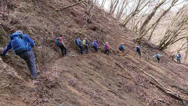 画像4: 4月6日に宮下ガイドと富岳十二景シリーズで 久鬼山 へ行ってきました♪