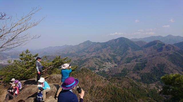 画像7: 4月6日に宮下ガイドと富岳十二景シリーズで 久鬼山 へ行ってきました♪