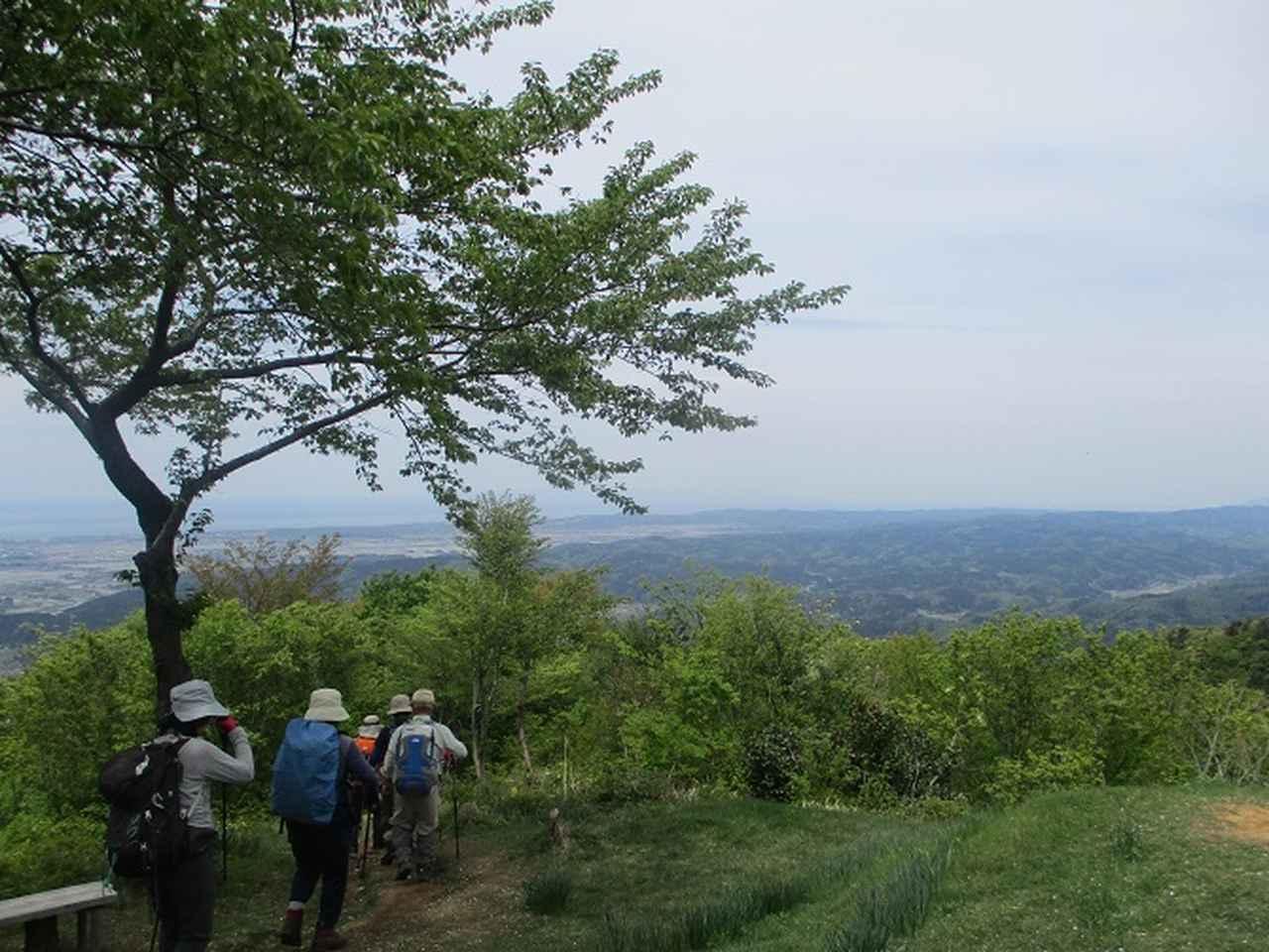 画像14: 5月8日、9日に岡田ガイドのコースで新潟の山へ行って来ました♪